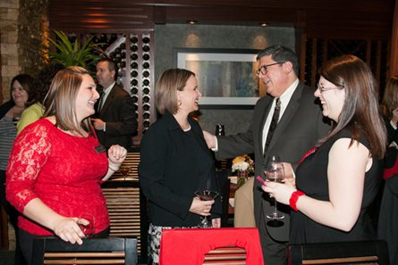 DuPage group hosts holiday gathering